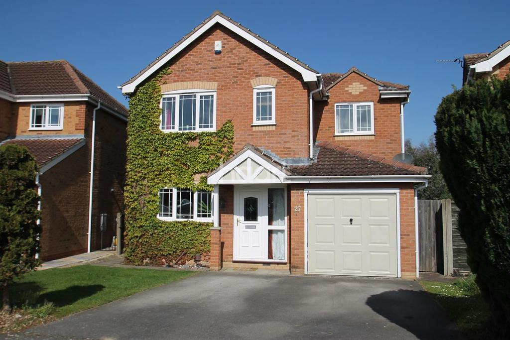 4 Bedrooms Detached House for sale in Borrowdale Way, Manthorpe Estate, Grantham