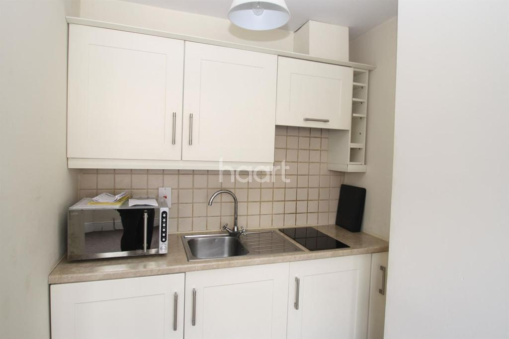 1 Bedroom Flat for sale in Greenway Avenue, Taunton