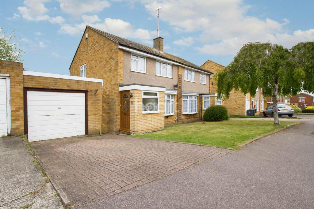3 Bedrooms Semi Detached House for sale in Needham Road, Luton