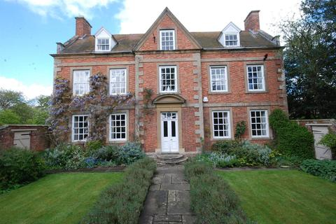 7 bedroom country house for sale - Church Walk, Brant Broughton