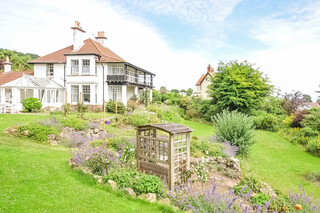 4 Bedrooms Detached House for sale in Western Lane, Minehead