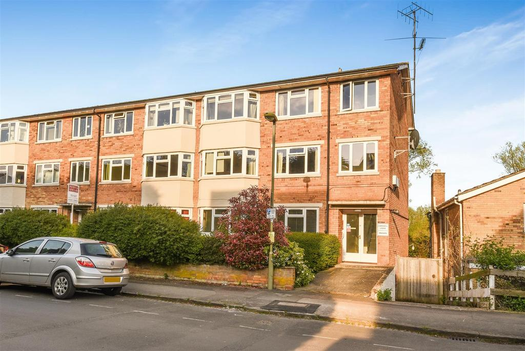 2 Bedrooms Apartment Flat for sale in Water Eaton Road, Oxford