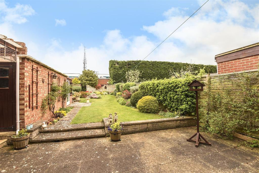 3 Bedrooms Semi Detached House for sale in Oxford Road, Kidlington