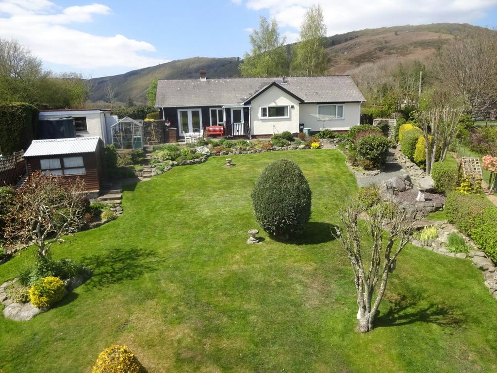 3 Bedrooms Detached Bungalow for sale in Llanwrthwl, Llandrindod Wells, Powys