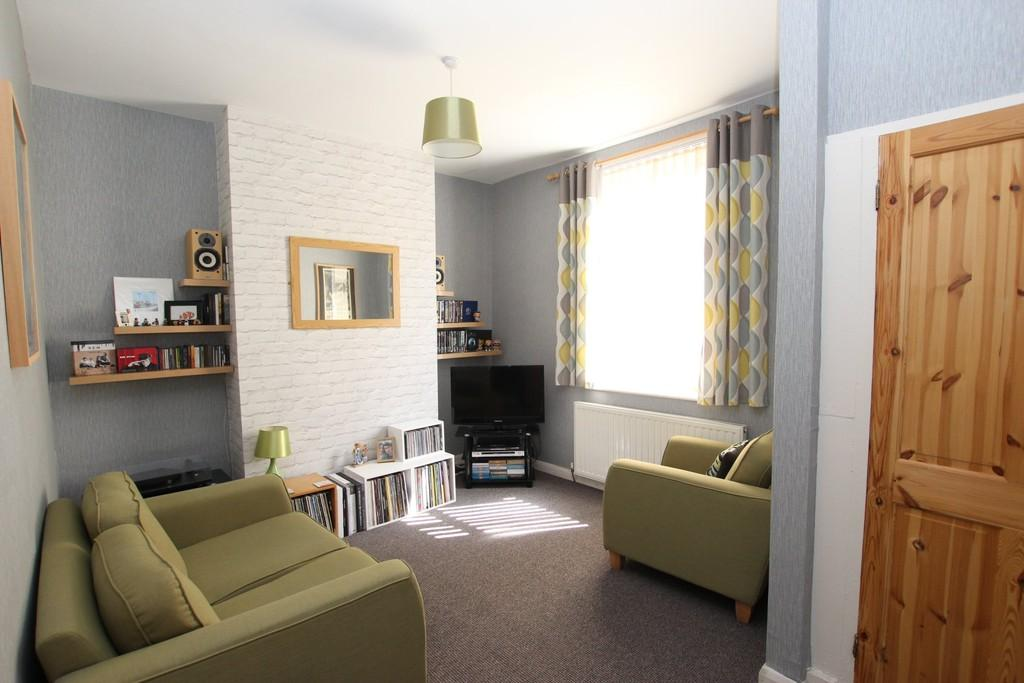 2 Bedrooms Terraced House for sale in Parker Street, Barrow