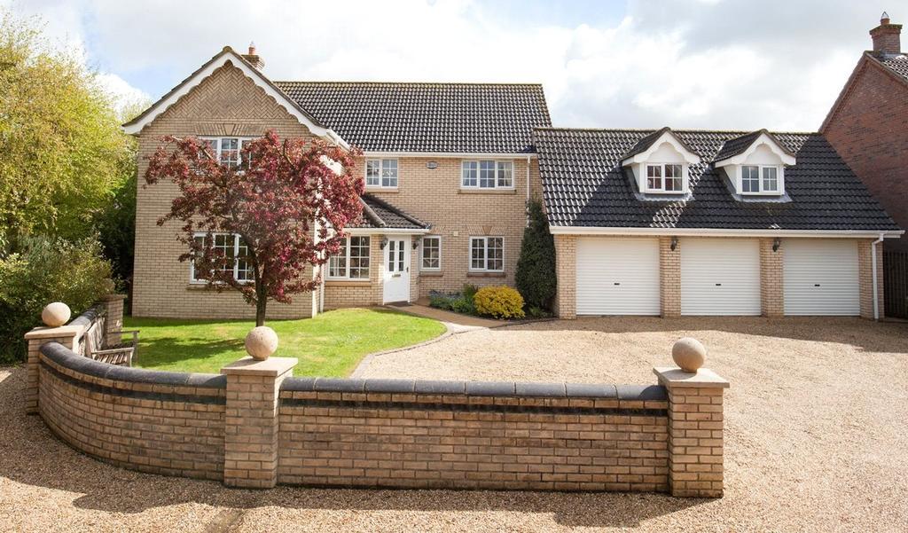 4 Bedrooms Detached House for sale in Orchard End, Dereham, Norfolk, NR20