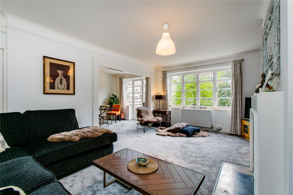 3 Bedrooms Flat for sale in Exeter House, Putney Heath, London