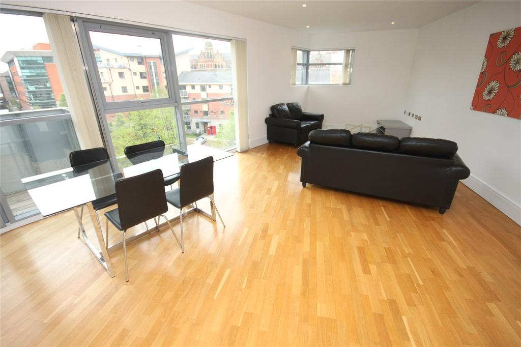 2 Bedrooms Flat for sale in The Lock, Whitworth Street West, Manchester, Greater Manchester, M1