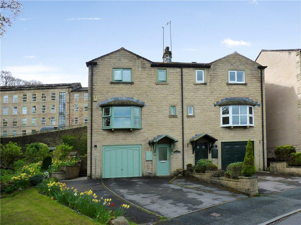 3 Bedrooms Semi Detached House for sale in Bobbin Mill Court, Steeton, Keighley, West Yorkshire