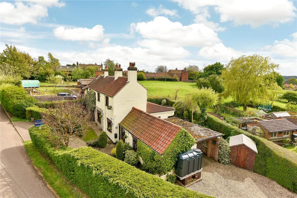 3 Bedrooms Semi Detached House for sale in Church Lane, Croxton Kerrial, Grantham