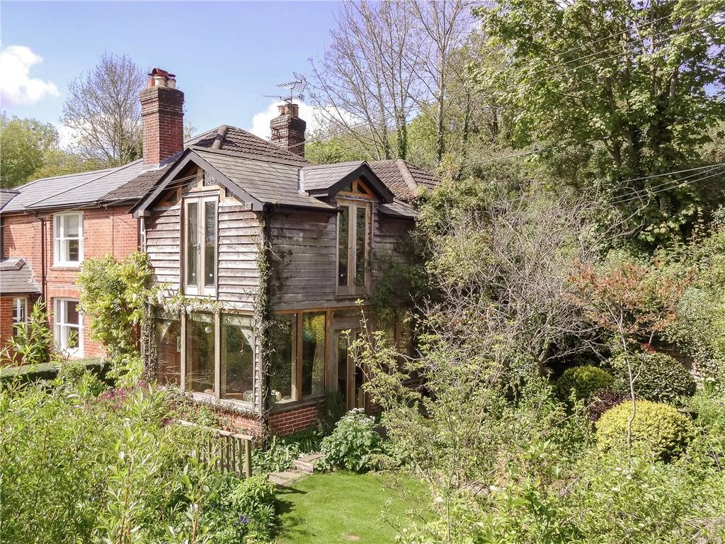 2 Bedrooms Semi Detached House for sale in Park View, Shawford, Winchester, Hampshire, SO21