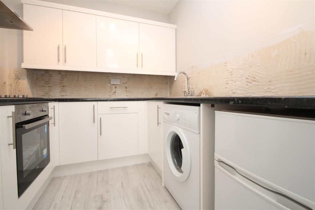 1 Bedroom Flat for sale in Cook Square, Erith, Kent, DA8 2PL