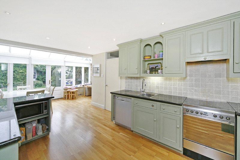 5 Bedrooms End Of Terrace House for sale in Ellerby Street, London, SW6
