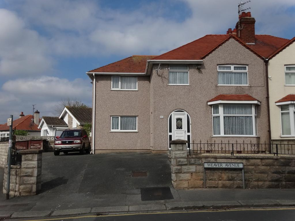 Homes To Rent Weaver Avenue Rhyl