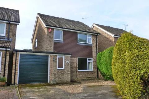 3 bedroom house for sale - Benden Close, Staplehurst, Kent, TN12 0SD