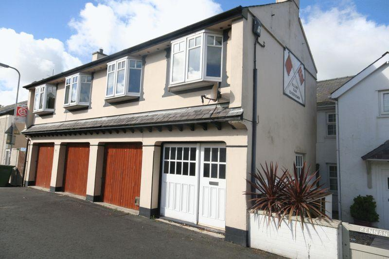 2 Bedrooms Detached House for sale in Llanerchymedd, Anglesey