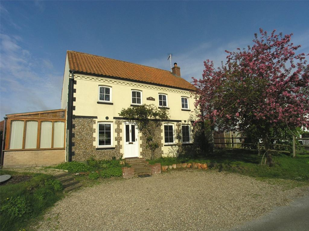 3 Bedrooms Detached House for sale in Frostenden, Nr Southwold, Suffolk, NR34
