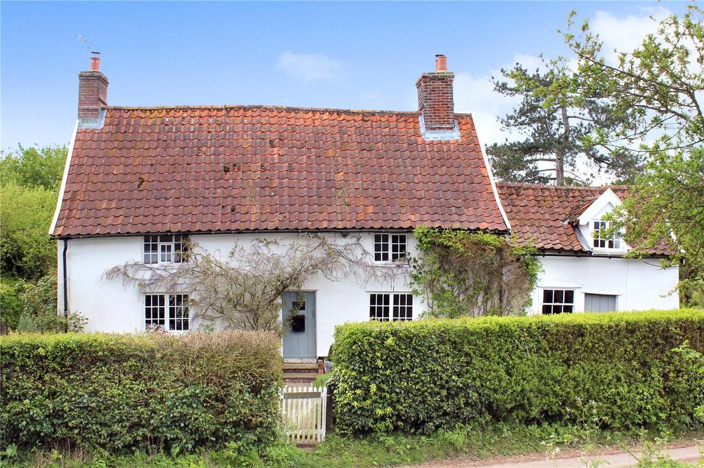 4 Bedrooms Detached House for sale in Dallinghoo, Nr Woodbridge, Suffolk, IP13