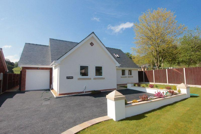 3 Bedrooms Detached House for sale in Llansannan