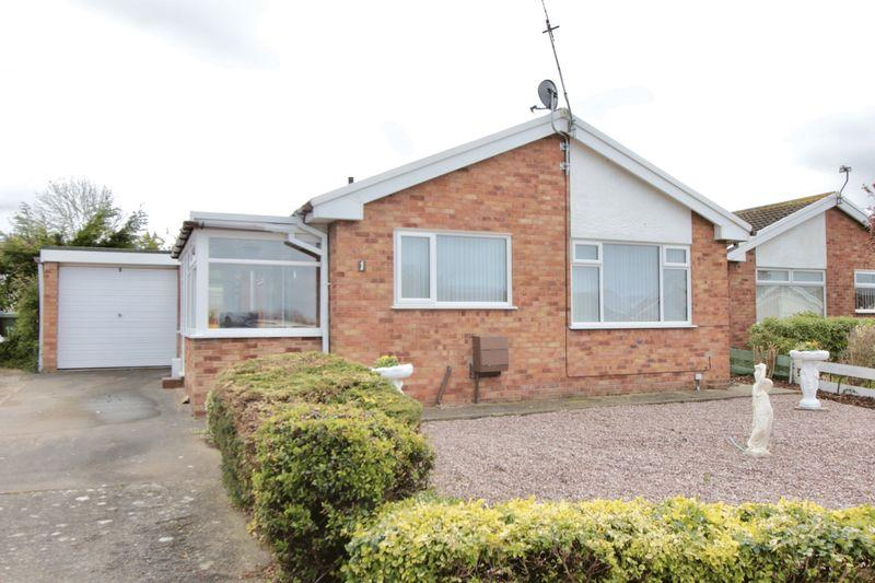 2 Bedrooms Bungalow for sale in Dwyfor Court, Prestatyn