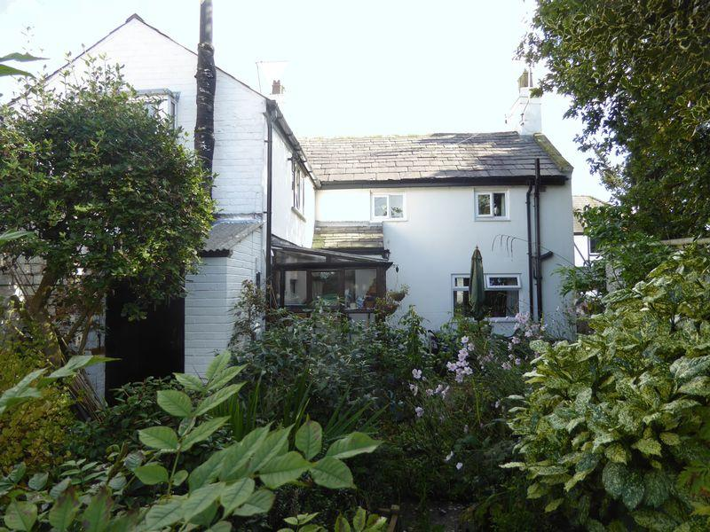 3 Bedrooms Semi Detached House for sale in High Street, Tarporley