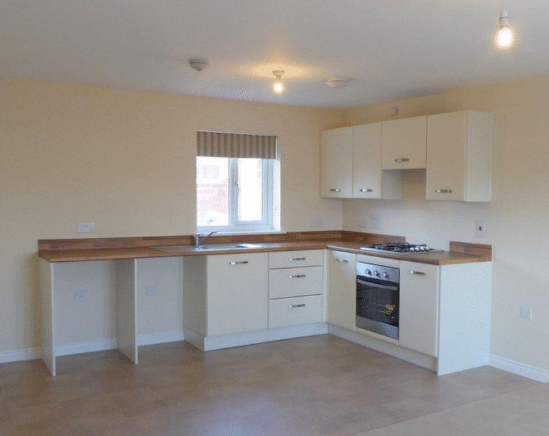 1 Burnet Road Newton Abbot 2 Bed House 725 Pcm 167 Pw