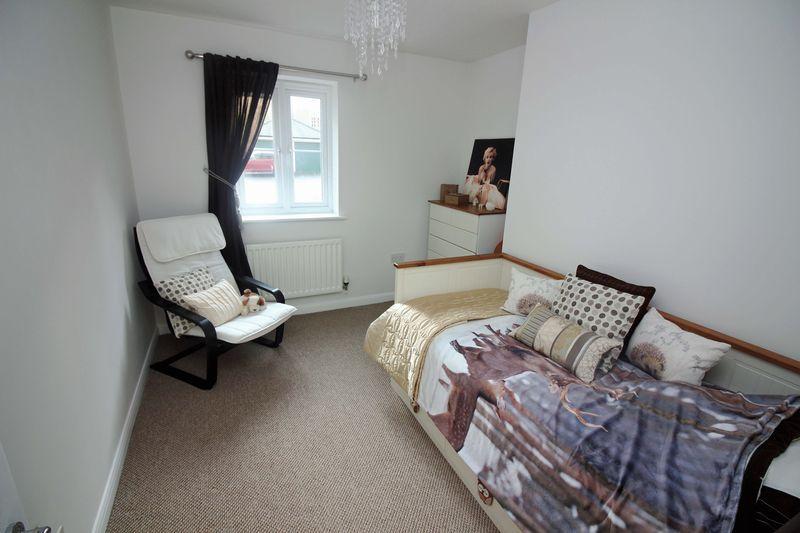 Lower Burlington Road Portishead 2 Bed Apartment To Rent 875 Pcm 202 Pw