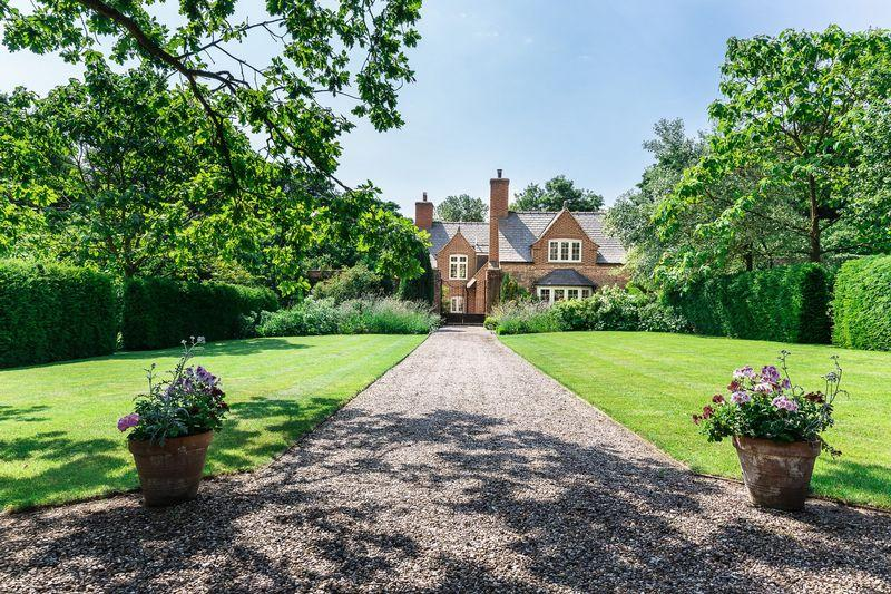 3 Bedrooms Detached House for sale in The Walled Garden, Benniworth Road, Panton