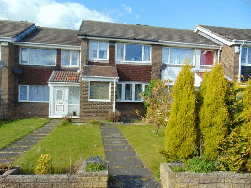 3 Bedrooms Terraced House for sale in Brookland Drive, Killingworth, Newcastle Upon Tyne