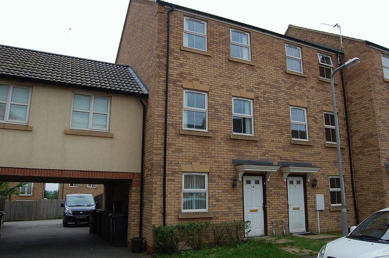 4 Bedrooms Terraced House for sale in Carlisle Close, Oakley Vale, Corby