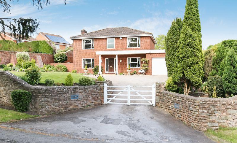 4 Bedrooms Detached House for sale in WILTON