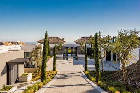 10 bedroom villa  - La Zagaleta, Benahavis, Malaga