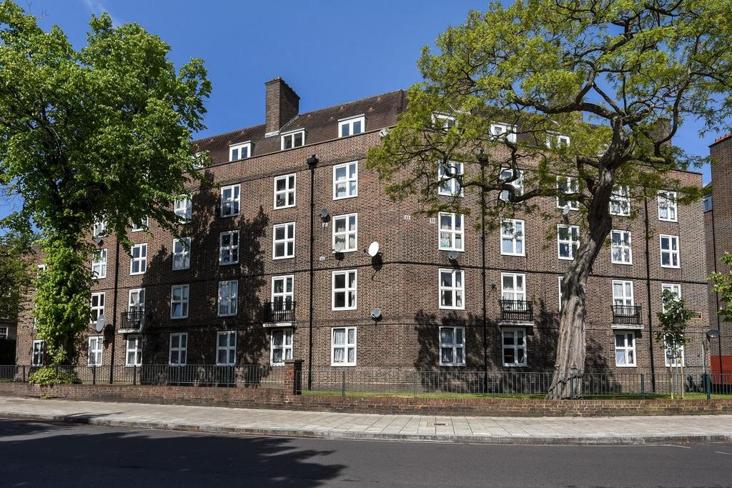 1 Bedroom Flat for sale in Union Grove, Clapham, SW8