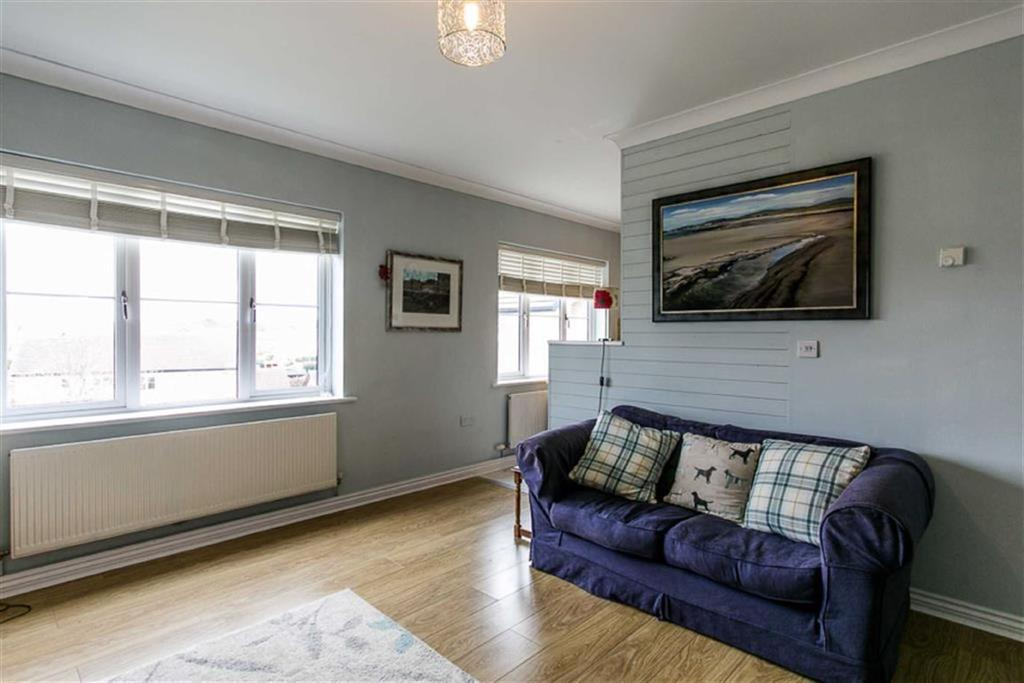 Woodview Court Peel Isle Of Man 2 Bed Apartment For Sale