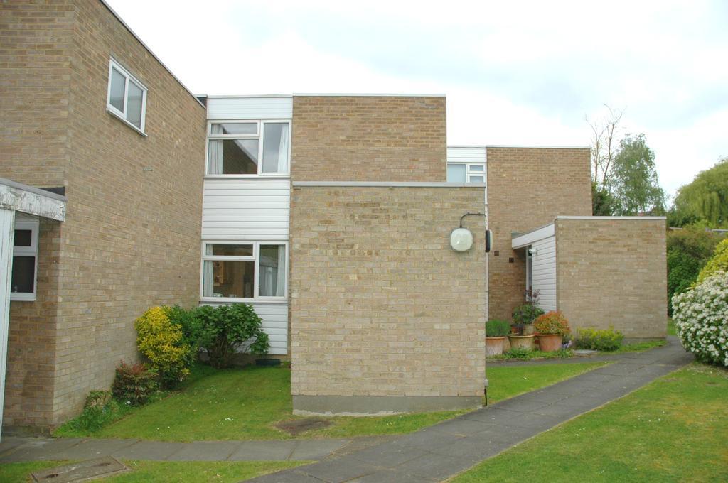 3 Bedrooms Terraced House for sale in Merridene, Grange Park N21