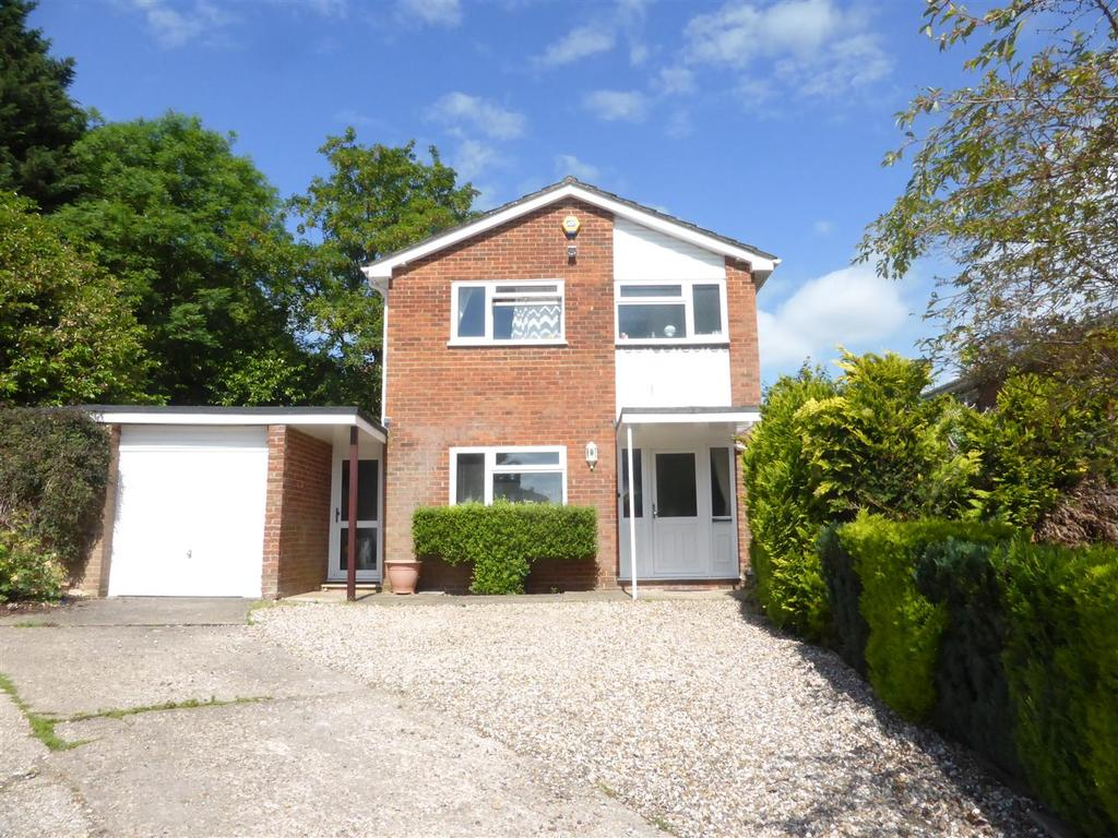 3 Bedrooms Detached House for sale in Farm Close, Purley On Thames, Reading