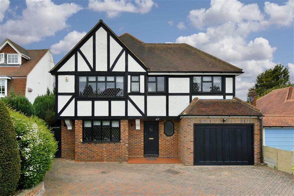 4 Bedrooms Detached House for sale in Ruden Way, Epsom, Surrey