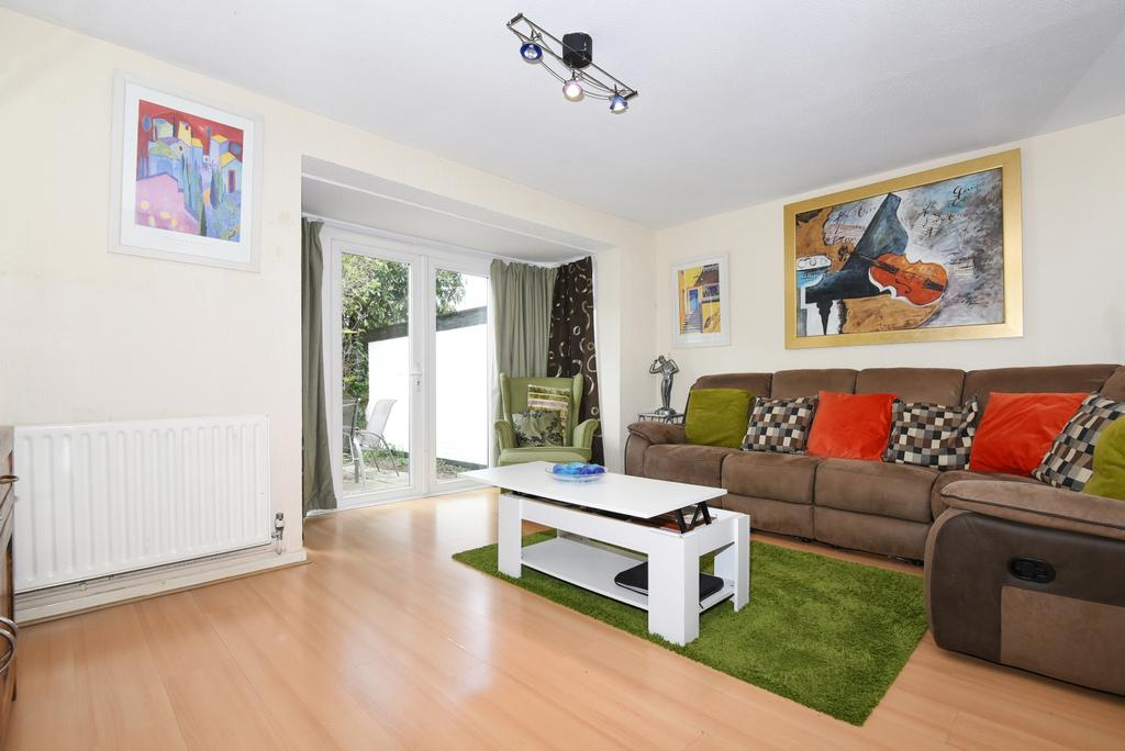 3 Bedrooms Link Detached House for sale in Wedgwood Way Cystal Palace SE19