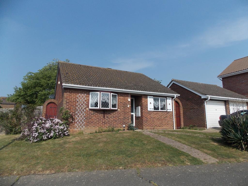 2 Bedrooms Detached Bungalow for sale in Coney Furlong, Peacehaven, East Sussex