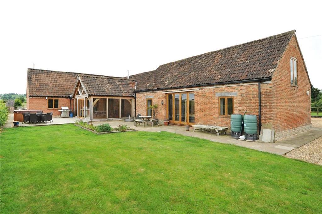 4 Bedrooms Detached House for sale in Dauntsey, Chippenham, Wiltshire, SN15