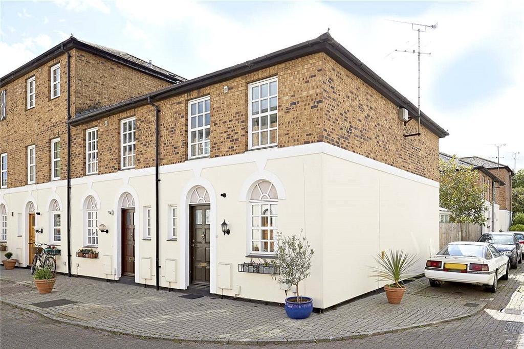 2 Bedrooms Terraced House for sale in Copenhagen Gardens, Chiswick, London, W4