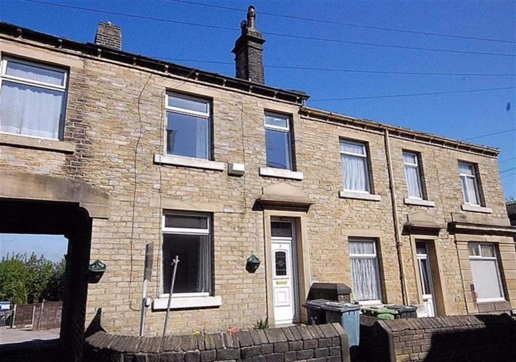 3 Bedrooms Terraced House for sale in Barlbrough Place, Milnsbridge, Huddersfield, HD3