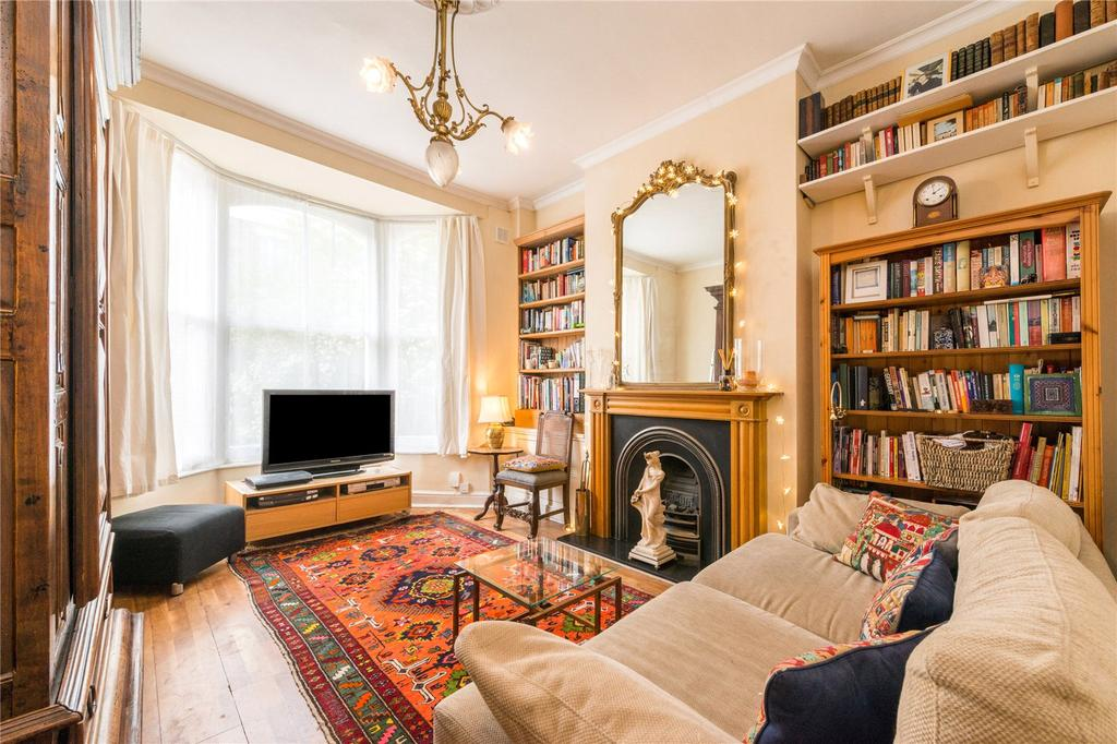 2 Bedrooms Flat for sale in Arthur Road, London