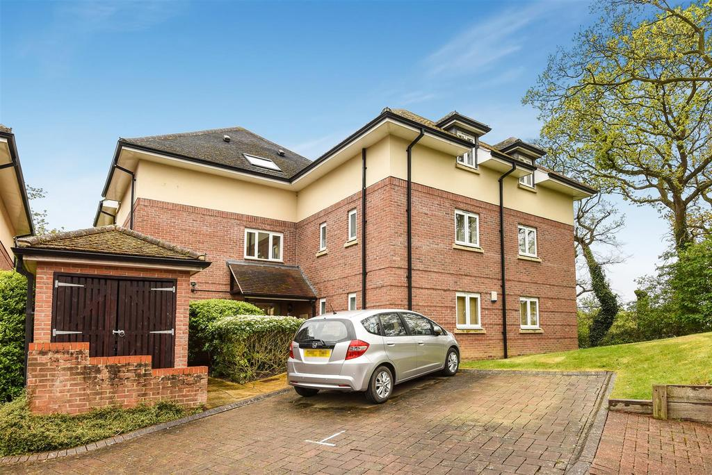 2 Bedrooms Apartment Flat for sale in Upper Meadow, Headington