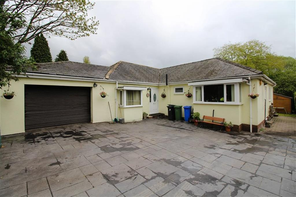 4 Bedrooms Detached Bungalow for sale in Meadow Lane, Denton, Manchester