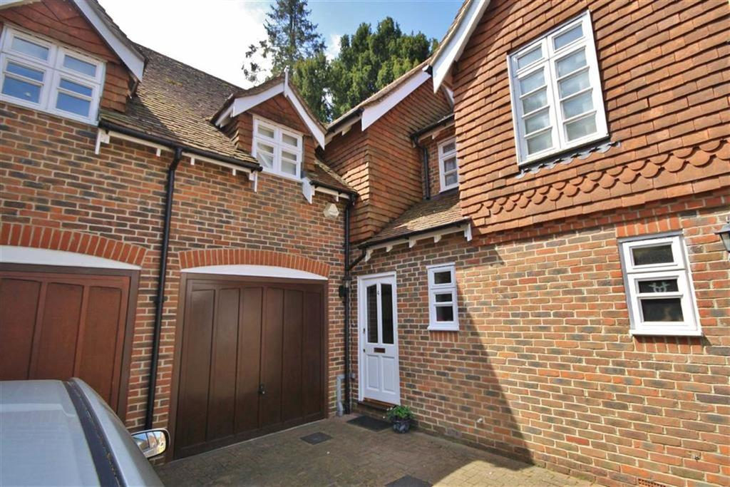 2 Bedrooms Terraced House for sale in Plaxtol, Kent
