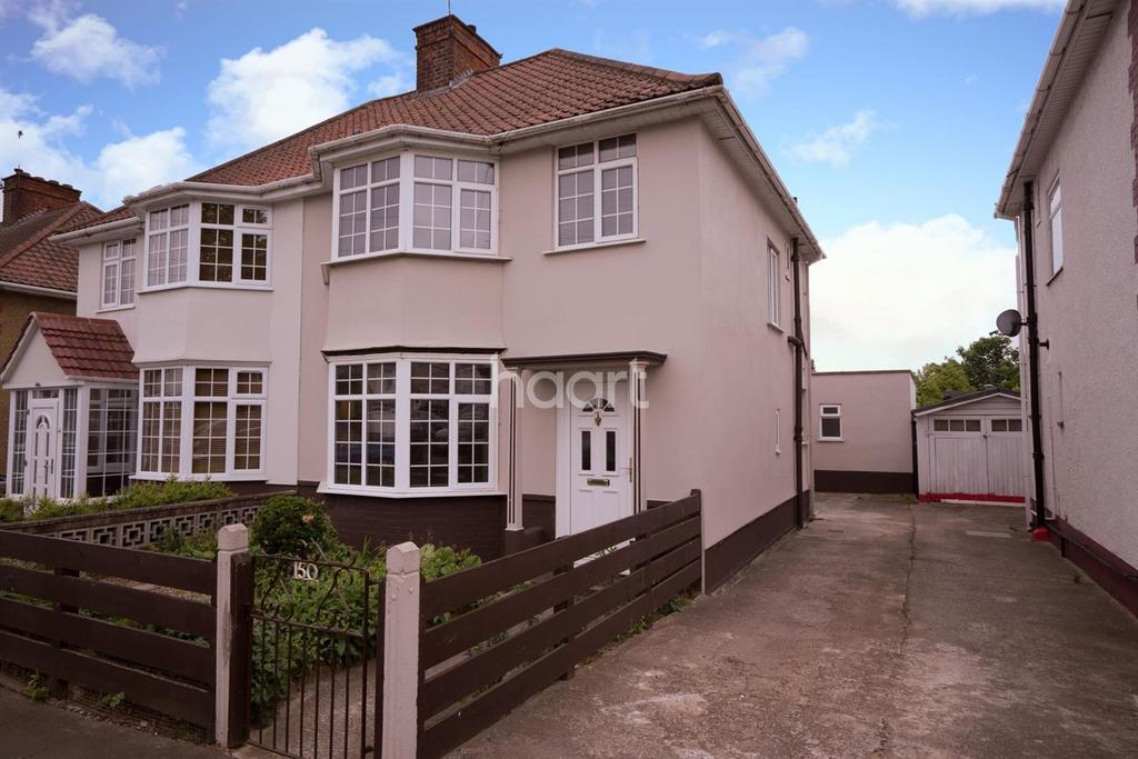3 Bedrooms Semi Detached House for sale in Oakington Manor Drive, Wembley
