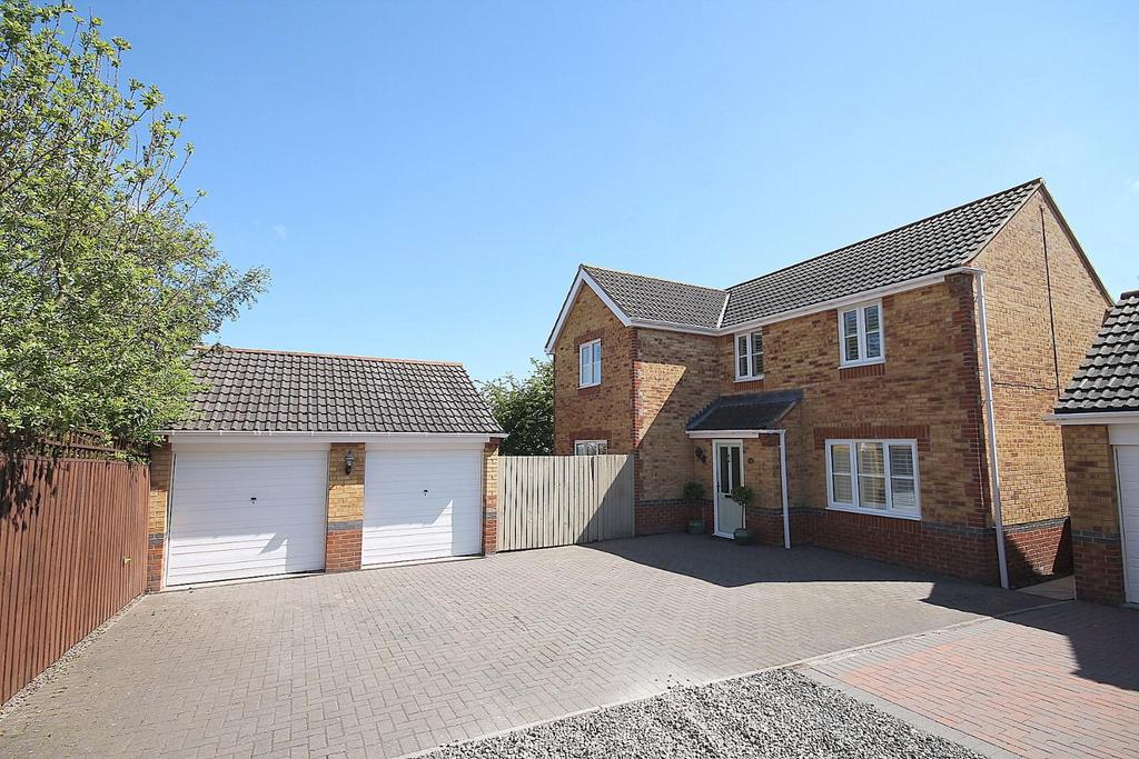 4 Bedrooms Detached House for sale in Dickens Way, Crook