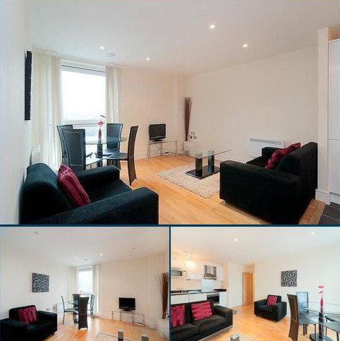 1 bedroom flat to rent - Wharfside Point South, Nr Canary Wharf, London, E14