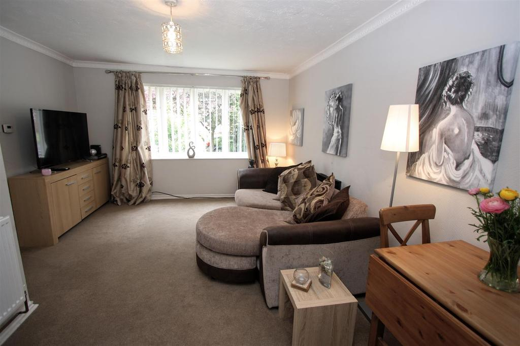1 Bedroom Flat for sale in Thomas Court, Darlington